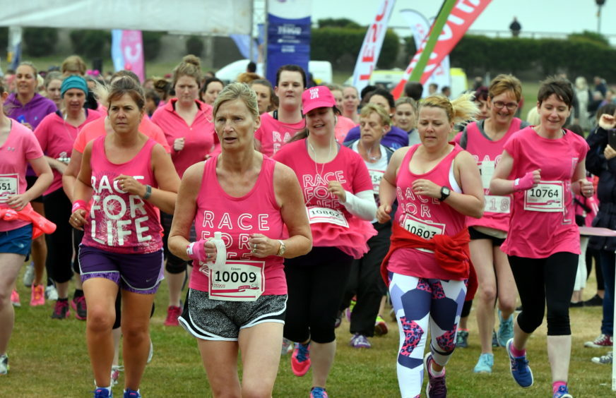 Race for Life ;  At Aberdeen beach in aid of Cancer Research UK.      Pictured - participants of the 5k.    Picture by Kami Thomson