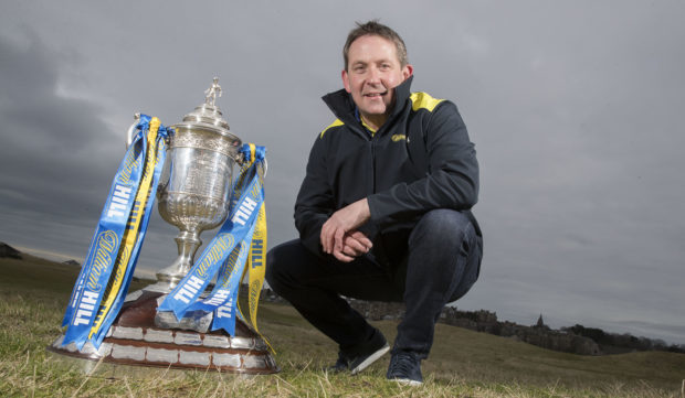 Billy Dodds reckons the Aberdeen squad does not need major changes ahead of Friday's transfer deadline.