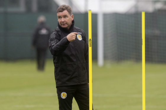 Scotland assistant manager Peter Grant sees the Nations League as an ideal chance to qualify for Euro 2020.