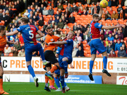 20/10/18 LADBROKES PREMIERSHIP DUNDEE UNITED V INVERNESS CT TANNADICE - DUNDEE Dundee United's Pavol Safranko (C) rises highest to head the hosts in front.