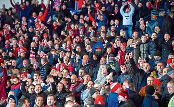 Aberdeen supporters at Hampden.