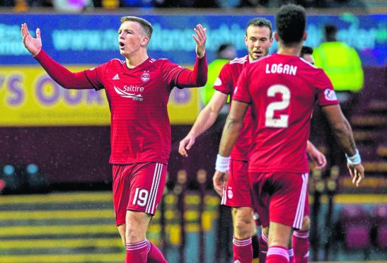 Aberdeen's Lewis Ferguson (left) shows his frustration.