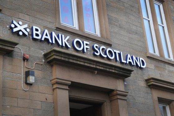 Bank of Scotland has announced it is going to close its branches in Keith and Lossiemouth.