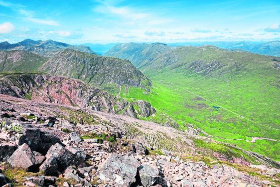 The ridge of Buachaille Etive Beag.