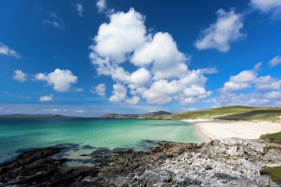 Turquoise waters of Luskentyre beach on the Isle of Harris, Outer Hebrides, Scotland