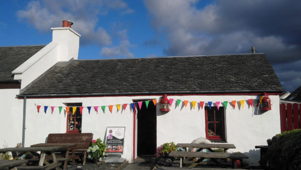 The Puffer Bar and Restaurant on the the island of Easdale, part of the Inner Hebrides, is on the market for £180,000