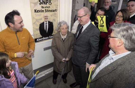 Marnie Corall opening MSP Kevin Stewart's constituency office in 2016