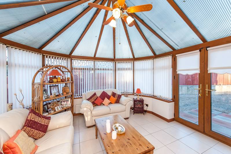 Conservatory: Bright and airy conservatory, incorporating patio doors leading to the rear garden