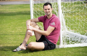 Life in the comfort zone suits Scottish Cup opponents Joe Lewis and Stephen Dobbie to a tee as Aberdeen and Queen of the South face off