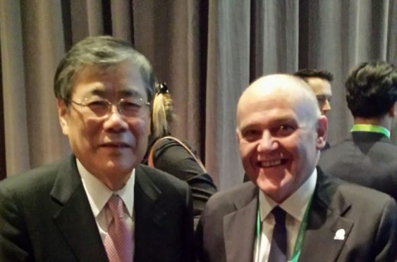 The Lord Provost of Aberdeen Barney Crockett with Shunichi Miyanaga, President and CEO of Mitsubishi Heavy Industries