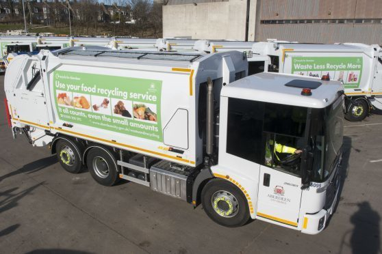 The council is seeking to recruit more large good vehicle drivers