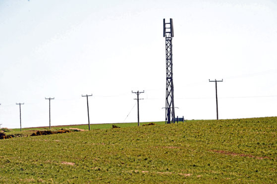 The rent being offered to host a mobile phone mast on farmland is substantially lower than before.