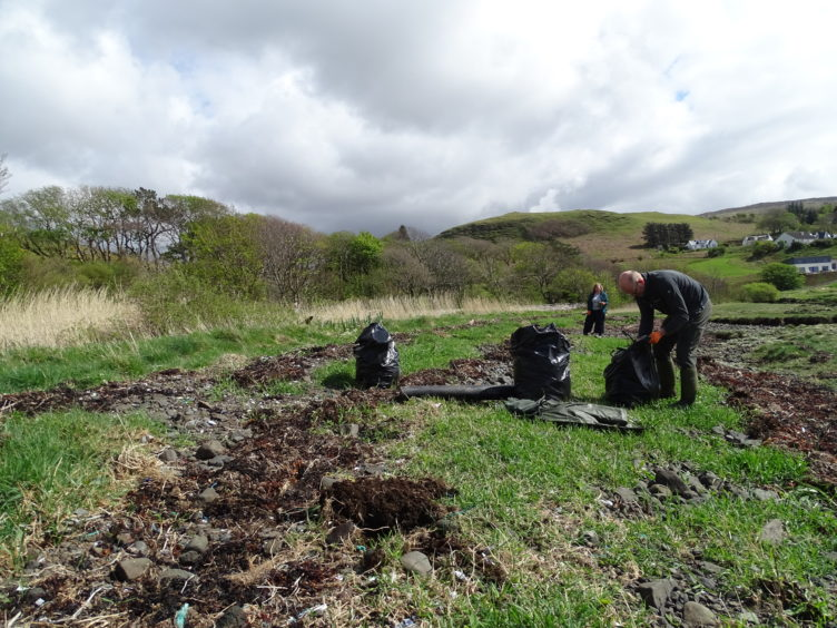 Over 50 volunteers offered their assistance with the annual beach clean in the north end of Skye