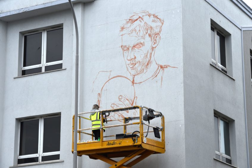 Nuart Aberdeen 2019. Picture of Helen Bur on Greyfriars House, Gallowgate, Aberdeen.  Picture by KENNY ELRICK