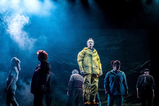 Ali Craig as Jock and cast of Perth Theatre and Morna Young's Lost at Sea credit Mihaela Bodlovic