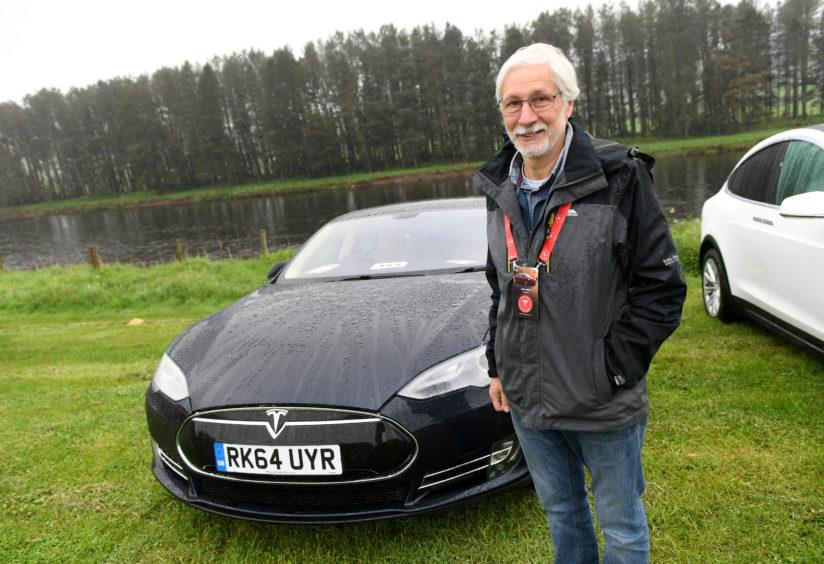 Ewan Reid. Tesla Model S