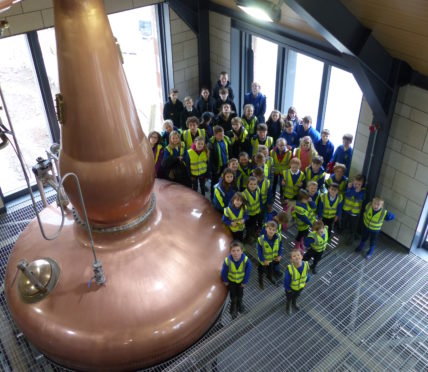 Morrison Construction welcomed Ardross Primary School and Edderton Primary pupils to the Ardross Distillery project  for a site tour.