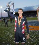 Mullin signs contract extension with Staggies