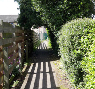 The lane located between st Ninian's drive and St Andrew's Drive in Dalneigh.  Picture by Michelle Henderson