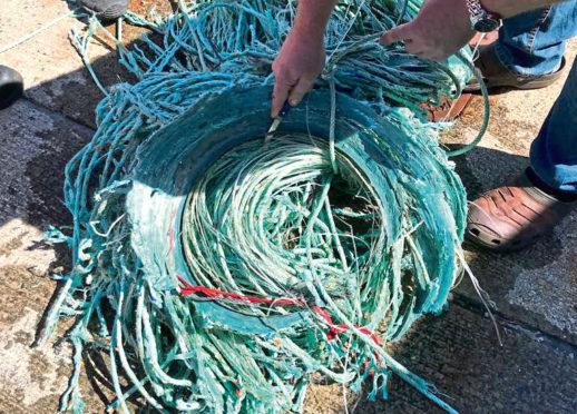Pics of plastic pollution in the North Sea