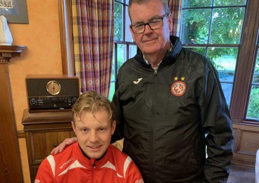 Bjorn Wagenaar (left) with Brora Rangers chairman William Powrie.