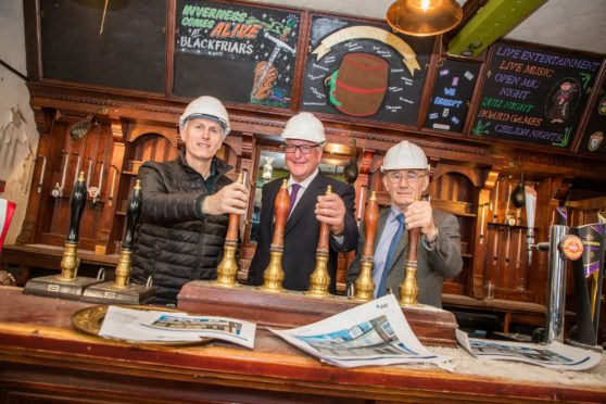 Brian Davidson, operations director for Scotland at Star Pubs & Bars; Fergus Ewing MSP, Cabinet Secretary for Rural Economy and Highland Councillor, Jimmy Gray, chairman of the Inverness Townscape Heritage Partnership