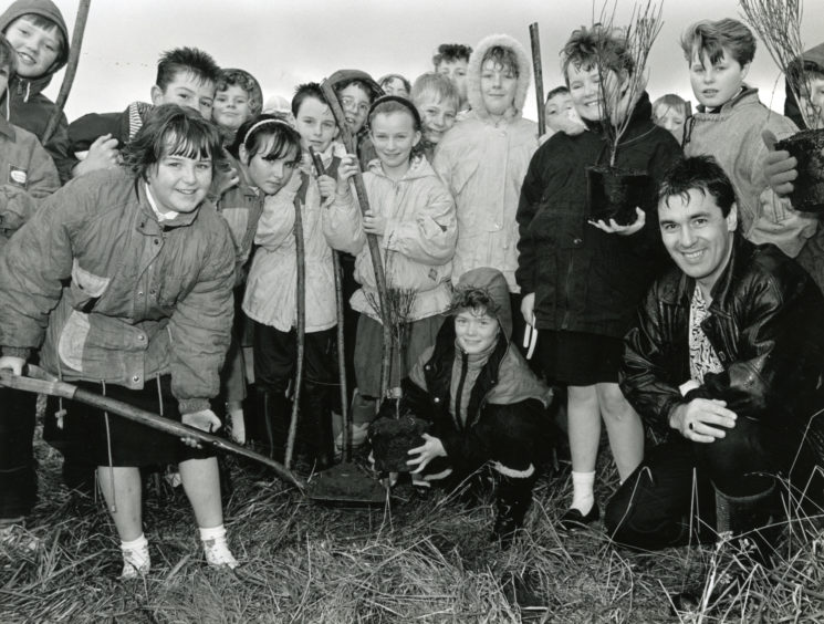 Lochpots Primary School - National Tree Week from November 1990.