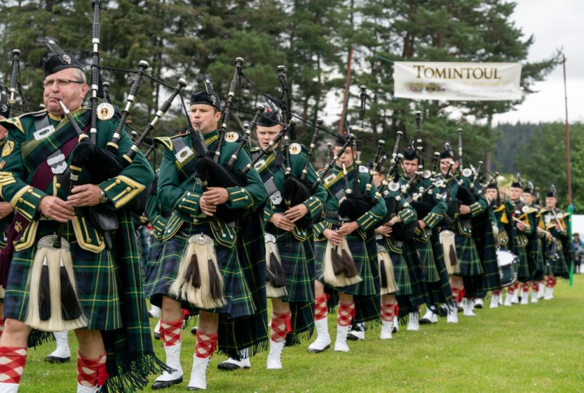 Pipers in the Massed Bands
