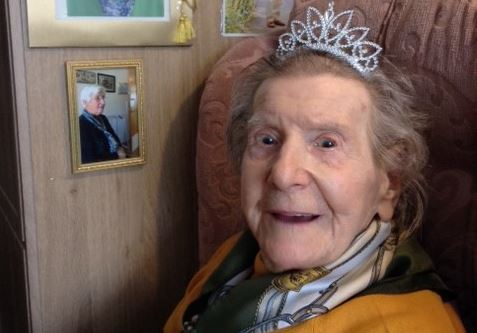 Muriel Lees celebrating her birthday.