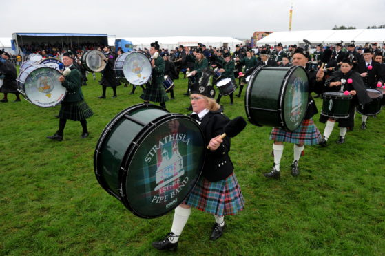 The Strathisla pipe band performance
