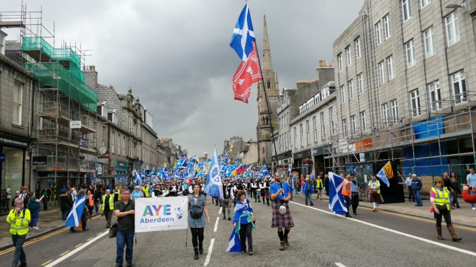 VIDEO: Thousands descend on Aberdeen for independence march   Press and Journal
