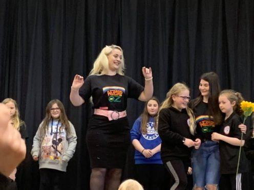 Broch Drama Group rehearsals with Glinda, Dorothy and the Munchkins