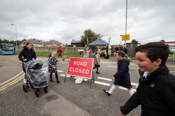 Road closures have been trialled at New Elgin Primary School.