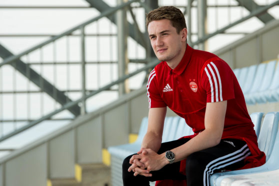 Aberdeen midfielder Scott Wright could miss the rest of the season.